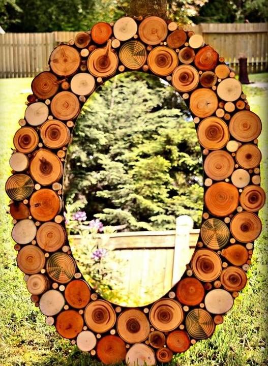 Зеркало декорированное спилами дерева